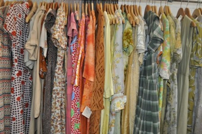 Vintage Clothing and Homewares Clearance Sale - Vintage Clothing and Homewares Clearance Sale